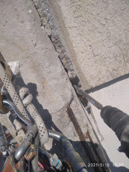 obrushvane na fasada ot alpinisti